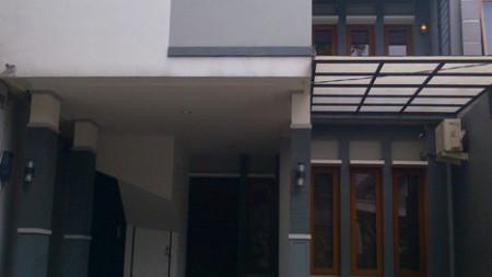 Rumah Minimalis Lokasi Strategis Bintaro Sektor 5