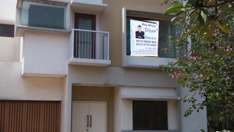 Rumah Dijual Lokasi Strategis Harga Murah Di Cluster Cassia Jakarta Garden City Jakarta Timur