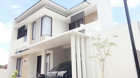 Rumah Luxury di Kawasan Sleman, Jogjakarta