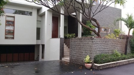 Luxury townhouse at kemang
