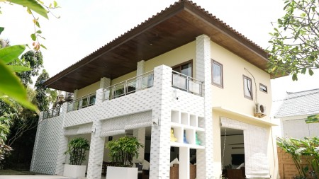 3 Bedrooms Villa in Canggu Walking Distance to the Beach