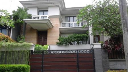 Rumah Mewah dan Siap Huni di kawasan Kebayoran Baru, Jakarta Selatan