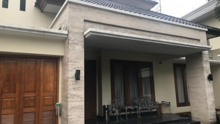 House for rent in SCBD area New Building Renovation.