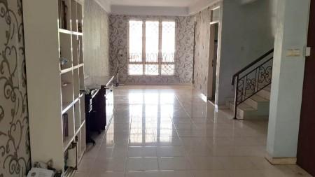 Rumah dijual di Gading Arcadia, Luas tanah 90m2
