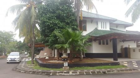 Rumah bagus  di Bintaro Graha Taman Bintaro Sektor 9 Bintaro  LT 452 m ada kolam renang ml