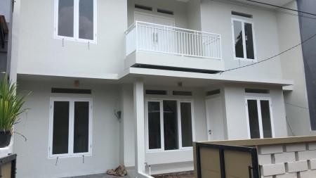 Rumah Bagus di Bintaro Cimandiri Sektor 6 Masih Nego