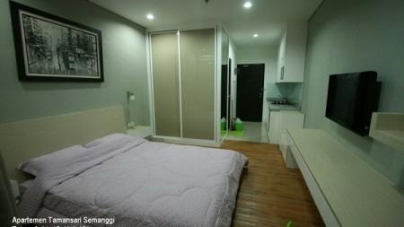 For Rent  Studio w/ lantai parquete @ Taman Sari Semanggi Apartment - 15 th Floor with Certificate