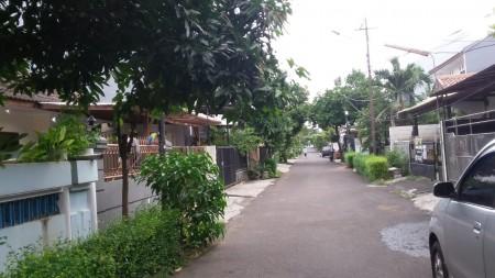 Rumah Dijual di Bintaro Jl Merpati Sektor 1 Jakarta Selatan Luas Tanah 135 m