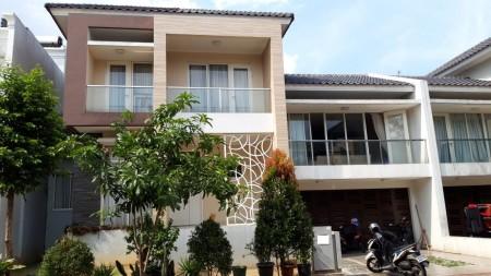 Rumah Siap Huni di Kebayoran Essence Sektor 7 Bintaro Jaya Luas Tanah 255 m