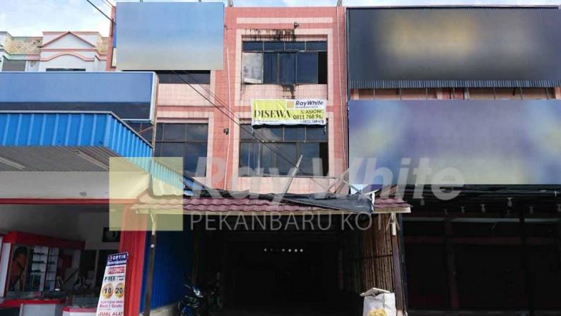 Disewakan Ruko 3 lantai di jl. Subrantas, Panam