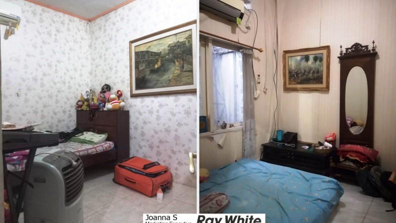 Dijual Rumah Asri di Dukuh Zamrud, Mustikajaya, Bekasi