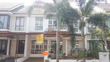 Rumah bagus, Di Bintaro Discovery Cielo Sektor 9 Bintaro Luas Tanah 135 m
