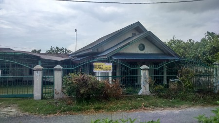 Rumah dikontrakan  sekitar Jalan Arifin prospek buat Kantor dan Hunian karyawan