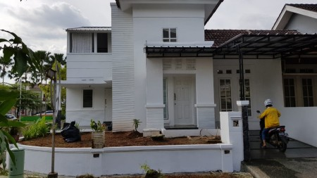 Rumah Bagus di Bintaro Cluster Altia Graha Bintaro Lt 126m