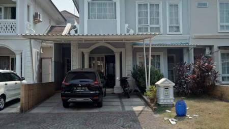 Dijual rumah cantik siap huni di Kota Wisata Cibubur