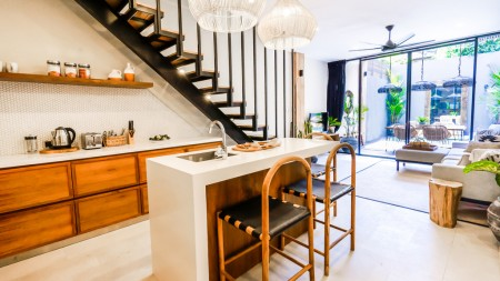 Designer Townhouses 1 Bedroom in the heart of Canggu