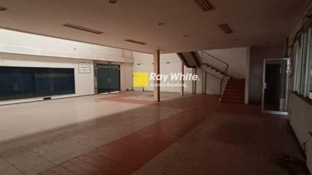 SPEKTAKULAR GEDUNG 2 LANTAI DI AHMAD YANI MAINROAD DISEWAKAN!!