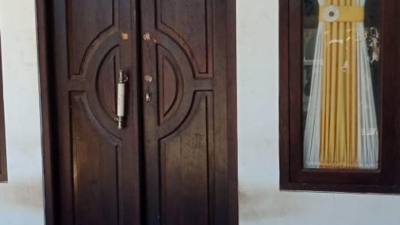 HOUSE FOR SALE IN LOVINA