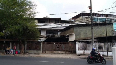 Di Jual Ruko Strategis di Pinggir Jalan kawasan Kedoya, Jakarta barat