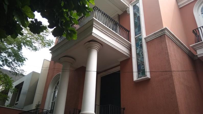 dijual Rumah Kebayoran Baru Jl Erlangga.. Hub 0813-1838-1838
