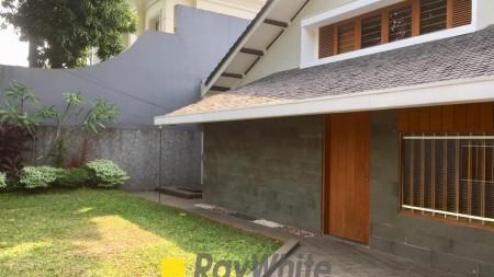 Disewakan Rumah Bagus dan Nyaman Area Kebayoran Baru, Jakarta Selatan