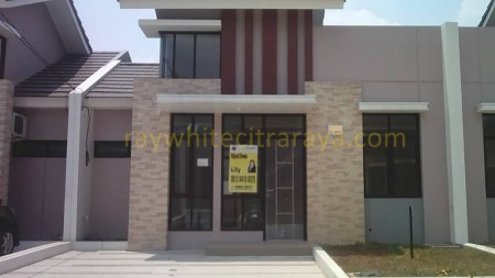 Rumah minimalis baru di Villagio ID4026LL