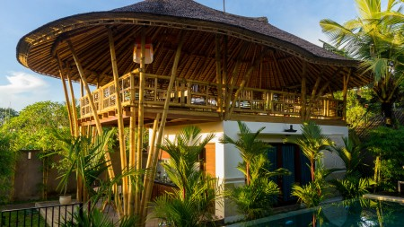 Leasehold Villa Complex with Restautant for Sale 5 Minute from Ubud Center