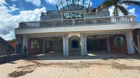 Rare Opportunity!! Commercial Property For Sale located in Seminyak!!