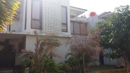 Rumah  Bagus di Bintaro Discovery Lumina sektor 9 Bintaro luas tanah 210 m