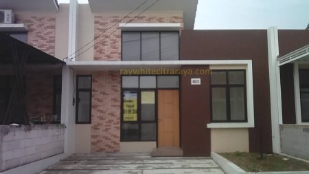 Rumah baru siap huni baru di Citra Raya ID4169YS