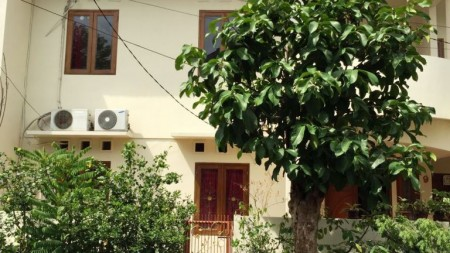 Rumah Disewakan siap huni, Perkici Bintaro Sektor 5 Tangerang Selatan