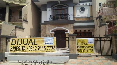 Rumah Disewa Pelepah Elok, Luas 9x20m2