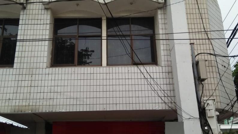 Ruko 3 lantai Strategis Jalan Tidar