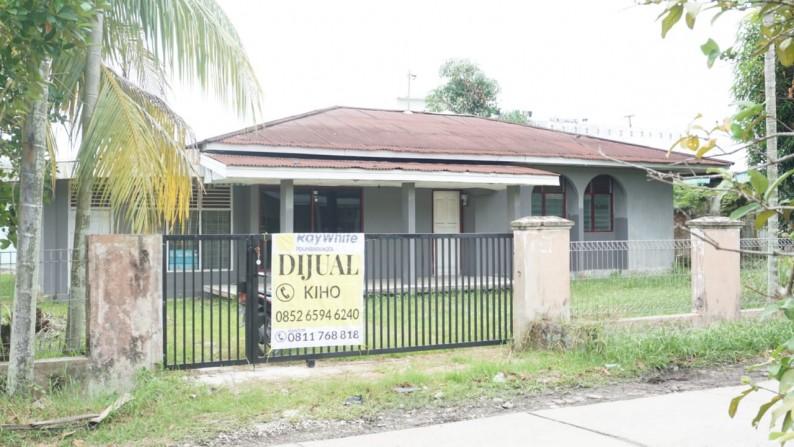 Dijual Rumah di jl. Riau Ujung IDkih