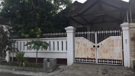 Rumah disewa di Jalan Sukomanunggal Jaya Surabaya, Dekat Kupang Indah