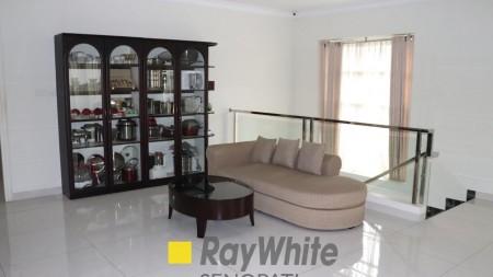 Dijual Rumah Bagus Siap Huni Area Bintaro