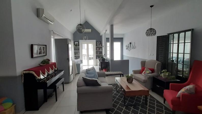 Cozy House at Pondok Indah