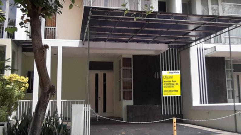 Disewakan Rumah di Perumahan Royal Residence - Surabaya Barat