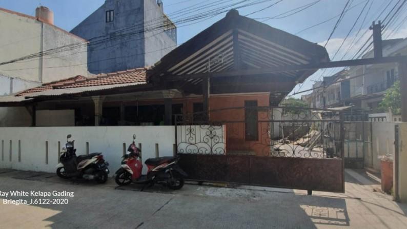 Rumah Hoek Dijual Hitung Tanah, Jl Orange-BCA, Luas 10x18m2