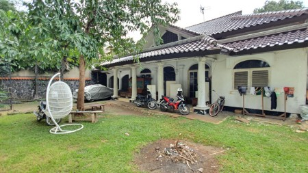 Rumah hitung tanah di Panglima Polim, Kebayoran Baru