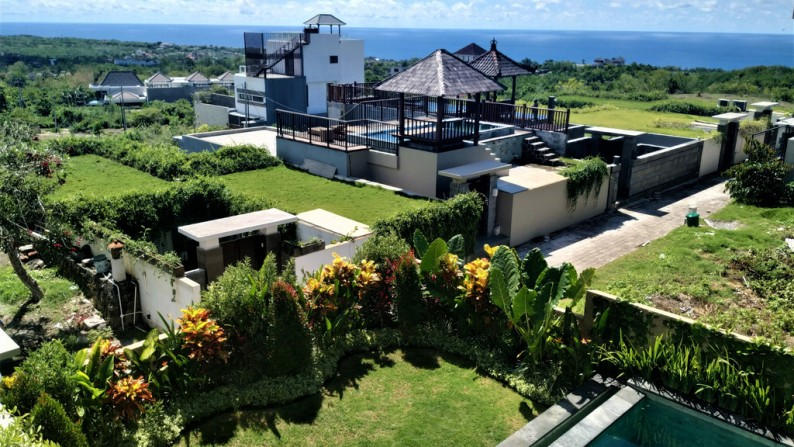 Attractively Priced Freehold villa with Amazing 180 Degrees Ocean View