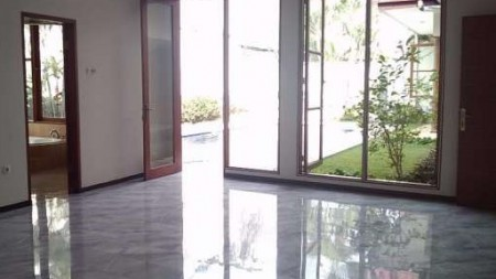 Town House For Rent at Cilandak, South Jakarta