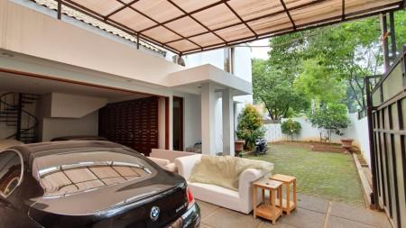 Dijual Rumah di Panglima Polim, Kebayoran Baru