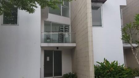 Rumah Siap Huni Lokasi Strategis di Discovery Divine Bintaro Sektor 9