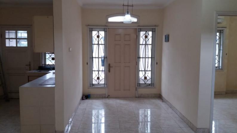 Disewakan murah bisa 6 bulanan rumah cantik di Raffles ...